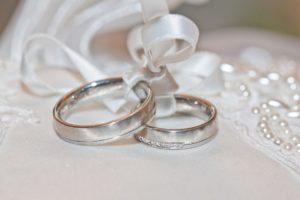 結婚相手に求める年収って?理想は高めが多い事を知っていますか?
